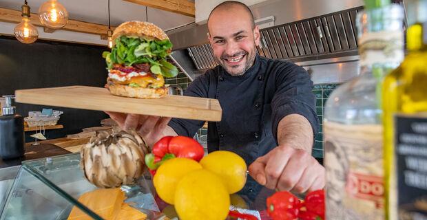 Daniel Manz ha recentemente iniziato a gestire uno snack bar a Ottersberg