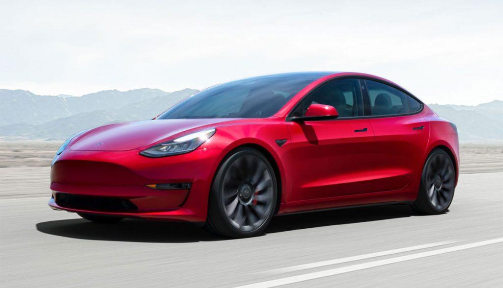 Tesla-Model-3-2021-rot