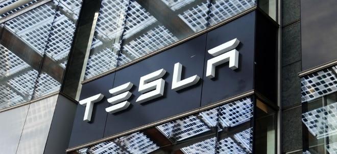 Rekordgewinn: Tesla mit deutlichem Umsatz- und Gewinnsprung - Tesla-Aktie dennoch leichter