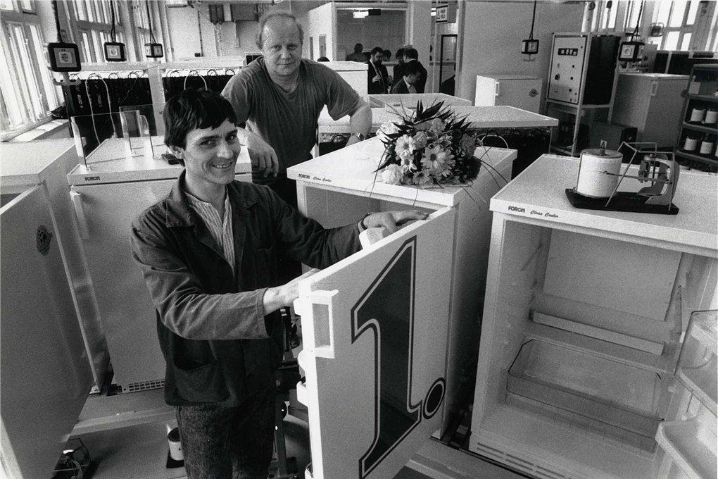 1993: L'azienda di Erzgebirge sviluppa un frigorifero senza CFC |  Stampa libera