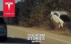 Storie di Teslacam - Il pick-up arriva dall'autostrada e finisce nel fosso