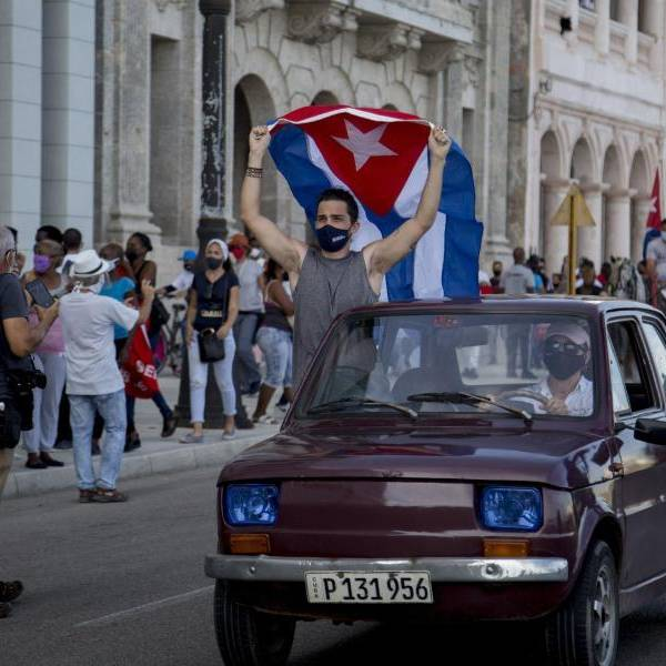 Cuba permette alle piccole e medie imprese