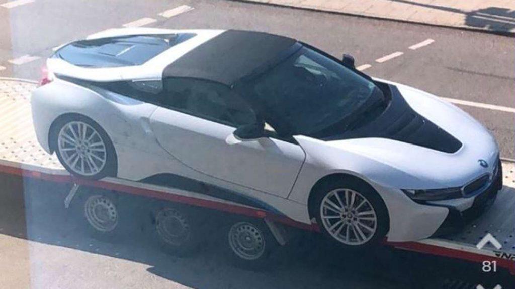 """Un'immagine di una BMW di lusso a Monaco di Baviera evoca l'orrore - """"Omg fuc*""""!"""