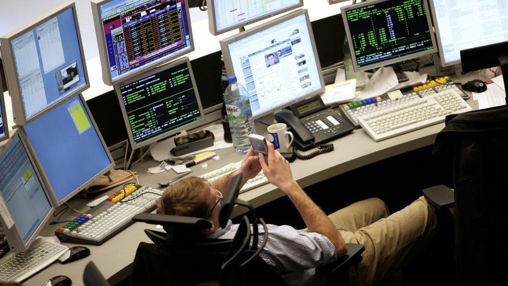 DAX chiude oltre 15.000 punti: una giornata di relax in Borsa